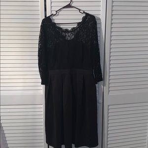 Black lace and polyester cocktail dress